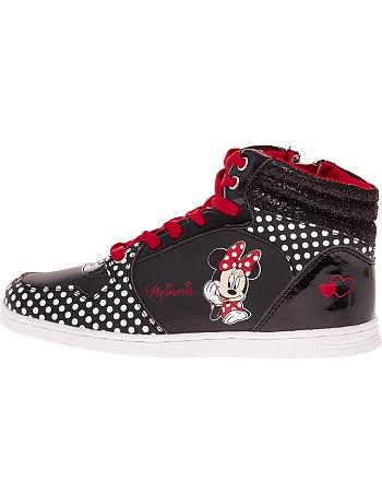 Les produits Disney dans les boutiques de vêtements (Kiabi, c&a, h&m, Undiz...) Basket10