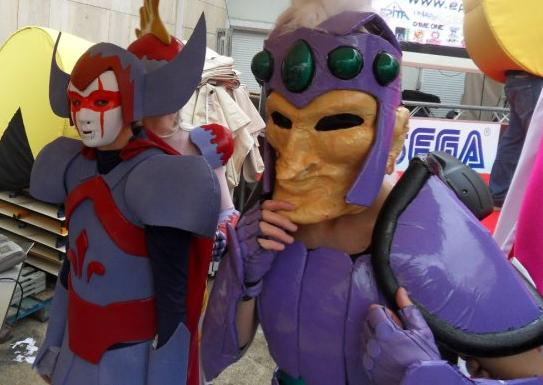 Cosplays Go ! - Page 4 Cospla10