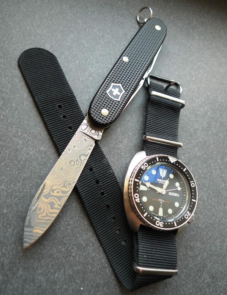 Montres et Couteaux P1030110