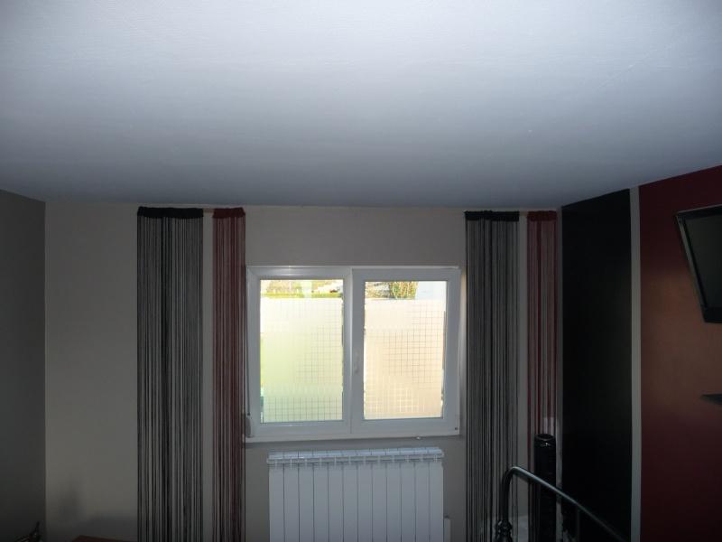besoin d'aide pour une chambre  - Page 2 P1050911