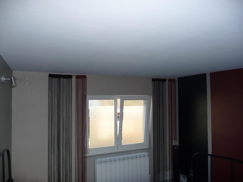 besoin d'aide pour une chambre  - Page 2 P1050913