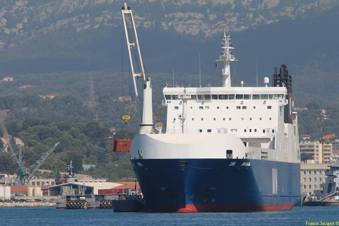 Le navire MN TANGARA 0424