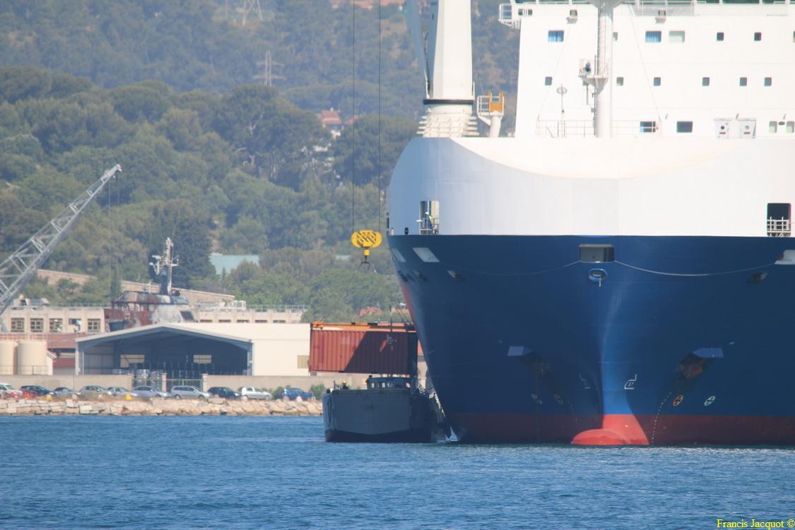 Le navire MN TANGARA 0524