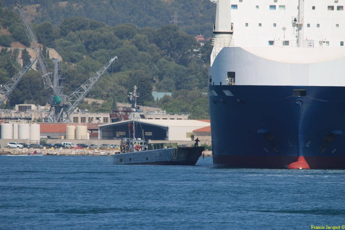 Le navire MN TANGARA 0625