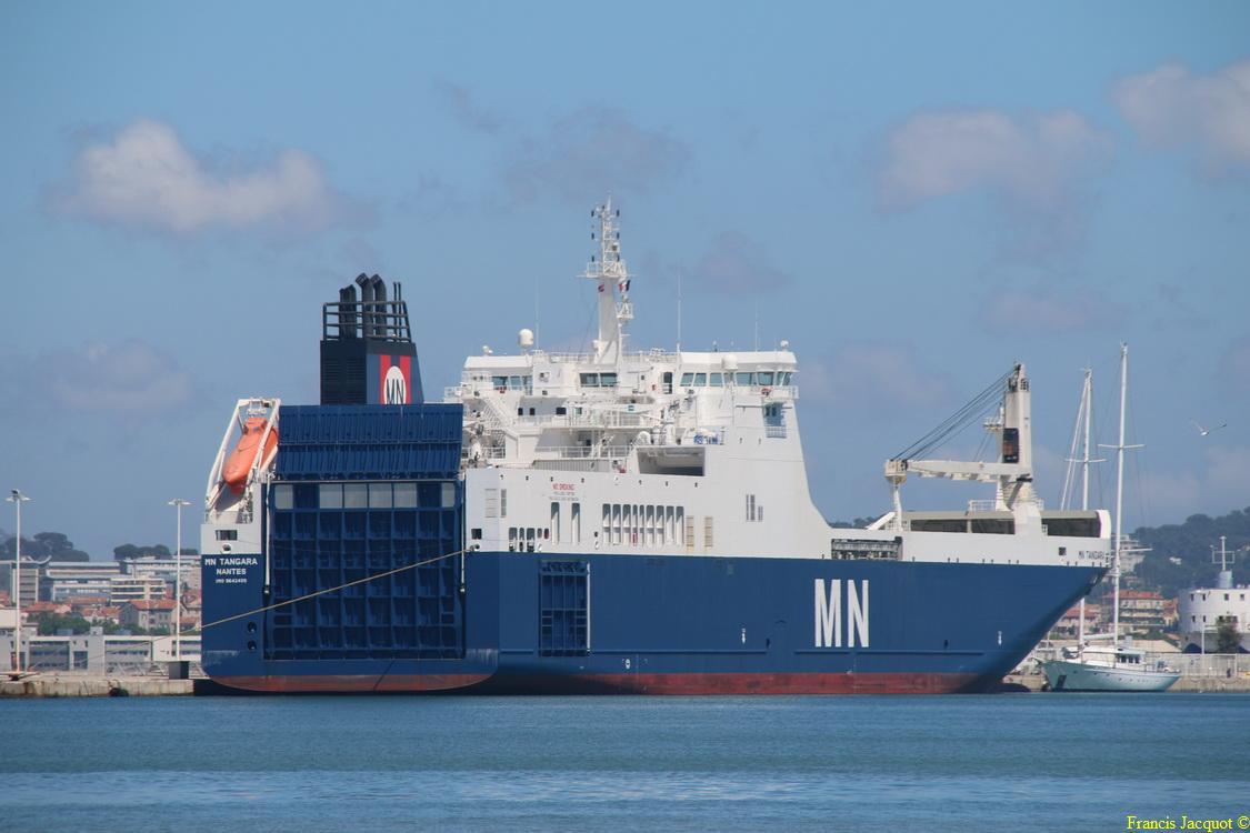 Le navire MN TANGARA 0724