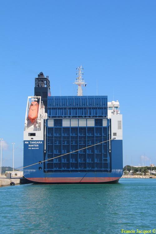 Le navire MN TANGARA 0921