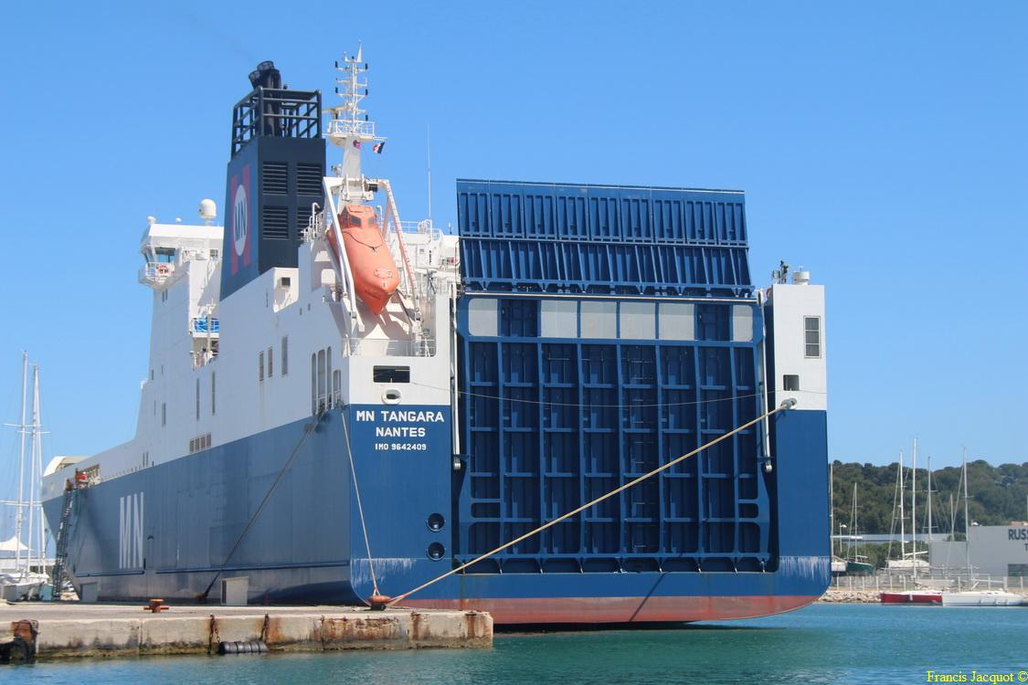 Le navire MN TANGARA 1120