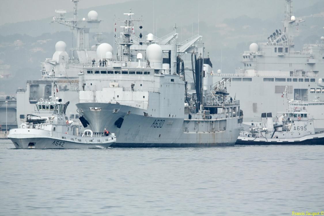 [Les ports militaires de métropole] Port de Toulon - TOME 1 - Page 6 2012