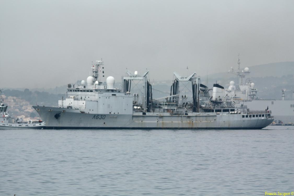 [Les ports militaires de métropole] Port de Toulon - TOME 1 - Page 6 2112
