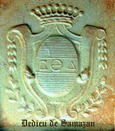 Meubles mystères : lettres grecques ou symboles mystiques ? - Page 4 Armoir10