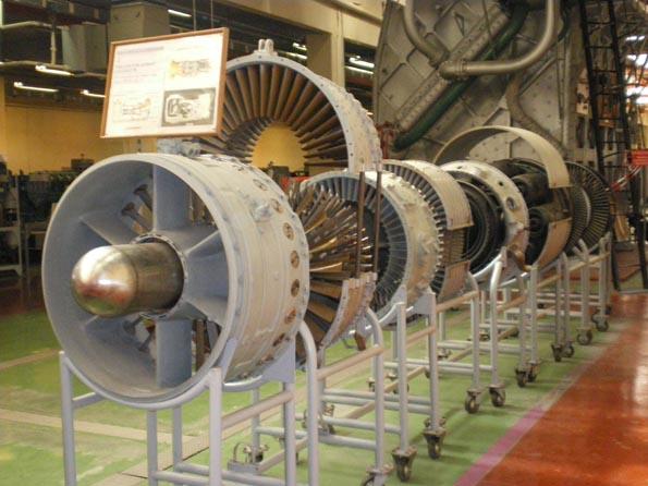 LES DIFFÉRENTES TURBINES UTILISÉES DANS LA PROPULSION NAVALE Turbin11