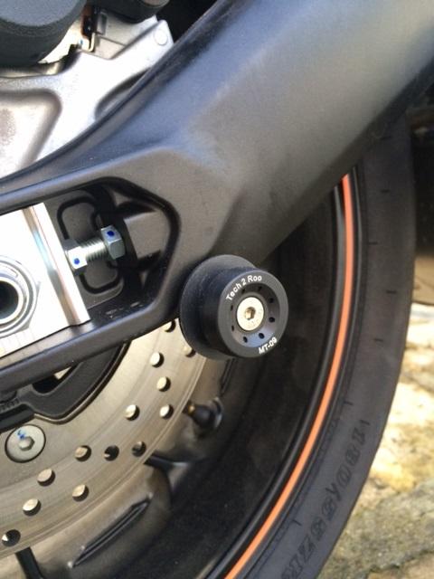 Première [Yamaha MT-09] sur le forum : celle de l'admin ;-) Une Orange ! - Page 4 Photo_47