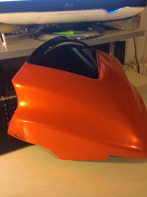 Première [Yamaha MT-09] sur le forum : celle de l'admin ;-) Une Orange ! - Page 4 Sdv11