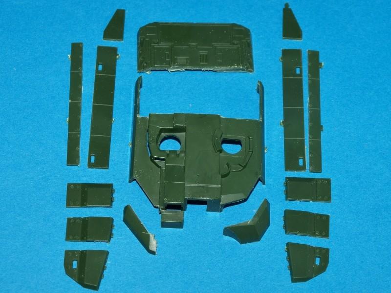 Leclerc [Revell] 1/72, un peu bricolé. Montage sans suites P1011854