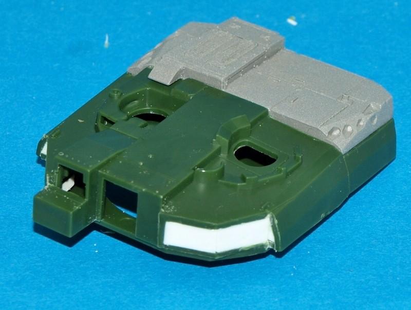 Leclerc [Revell] 1/72, un peu bricolé. Montage sans suites P1011857