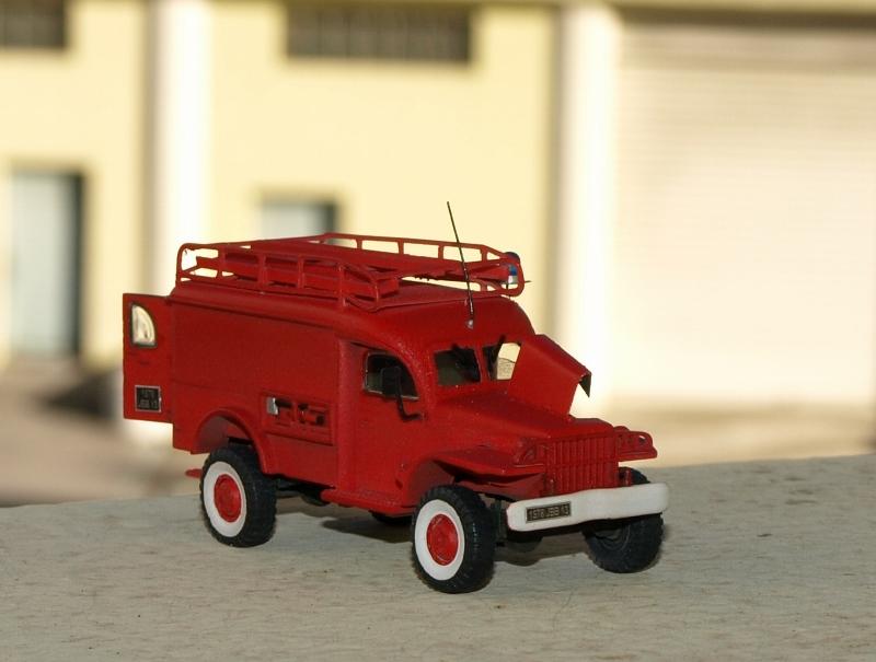 Dodge WC54 pompiers [academy] 1/72 P1012010