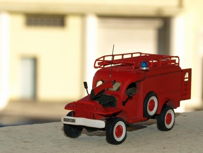 Dodge WC54 pompiers [academy] 1/72 P1012011