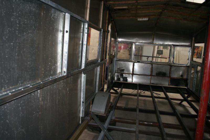 RESTAURATION DUNE CARAVANE TYPE MOBIL HOME THEILLAY 650 LOFT VINTAGE - Page 4 Bdjslm12