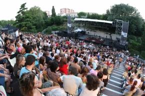 Concert 02/07/2014 - Les Nuits d'Istres, ISTRES (13) (France) Concert annulé Pavill10
