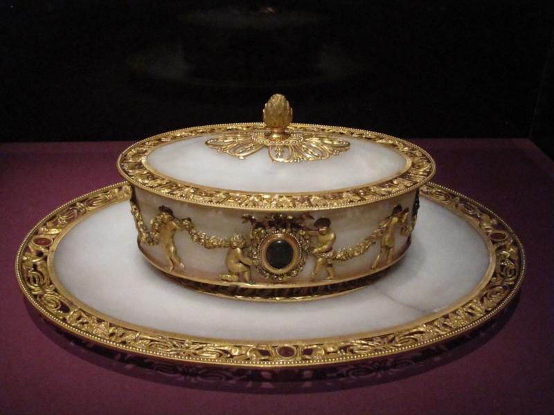 Exposition : Le surtout offert par Charles IV à Napoléon 1er Img_5516