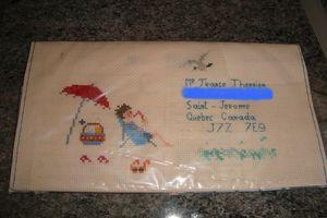 Echange d'enveloppes brodées : BONNES VACANCES !   - Page 3 Env_br11