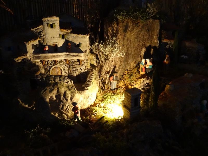 La crèche de Gégé de Monteux Dsc04113