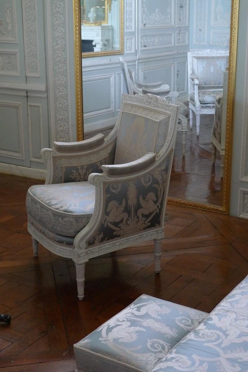 Boudoir ou Cabinet des glaces mouvantes au Petit Trianon P1030210