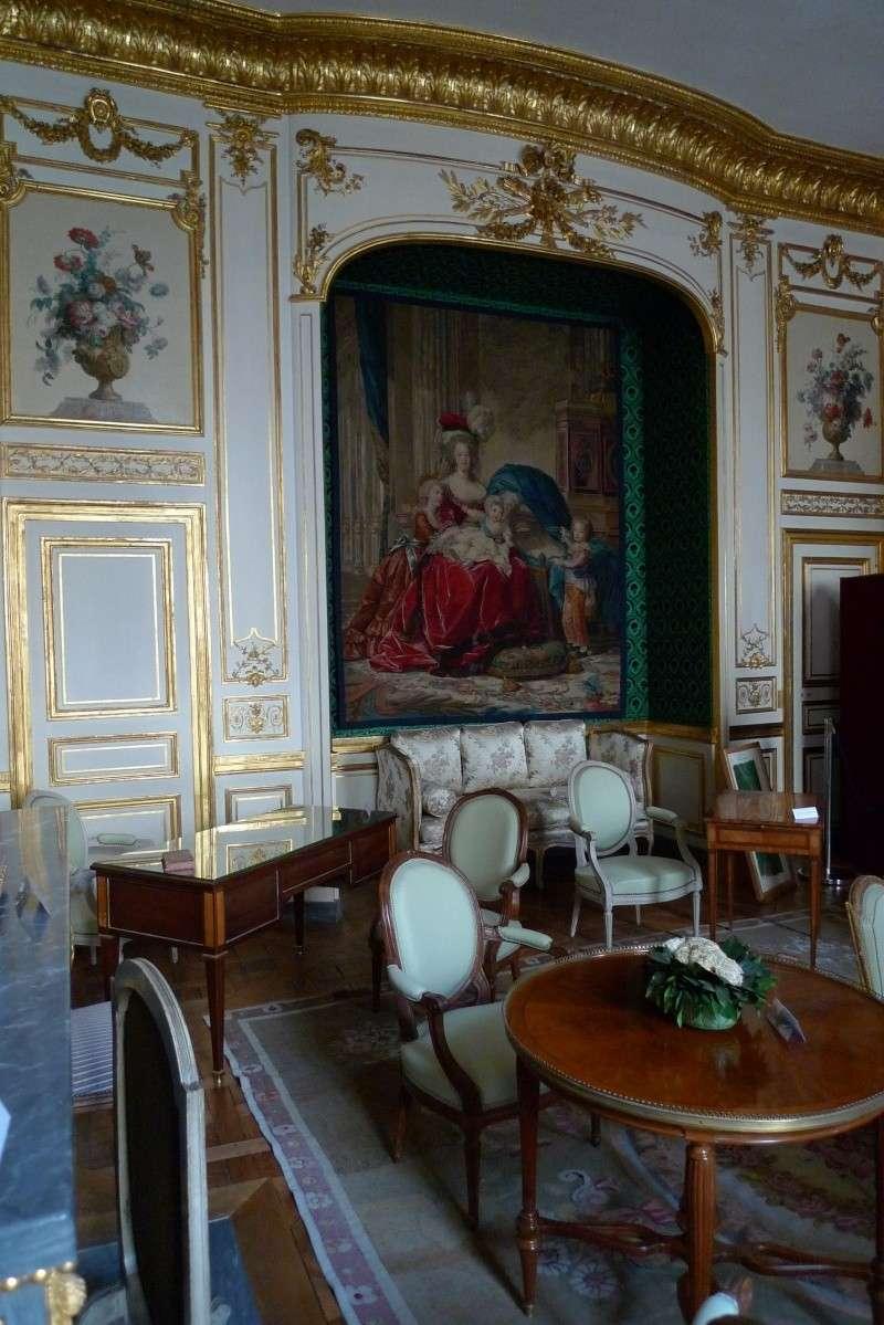 Le Garde Meuble Royal, actuel hôtel de la Marine - Page 2 P1060021