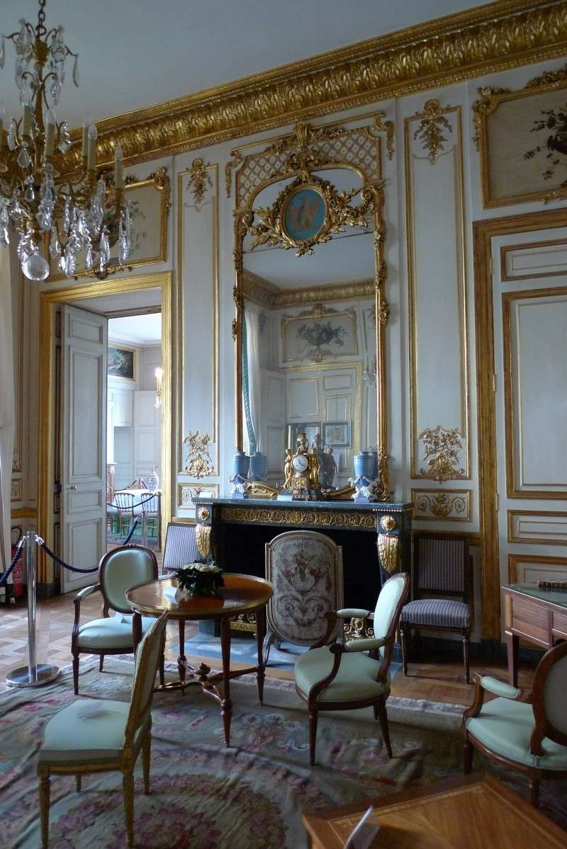 Le Garde Meuble Royal, actuel hôtel de la Marine - Page 2 P1060024
