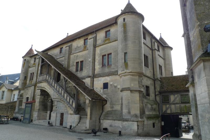 La fuite à Montmédy et l'arrestation à Varennes - Page 2 P1080715