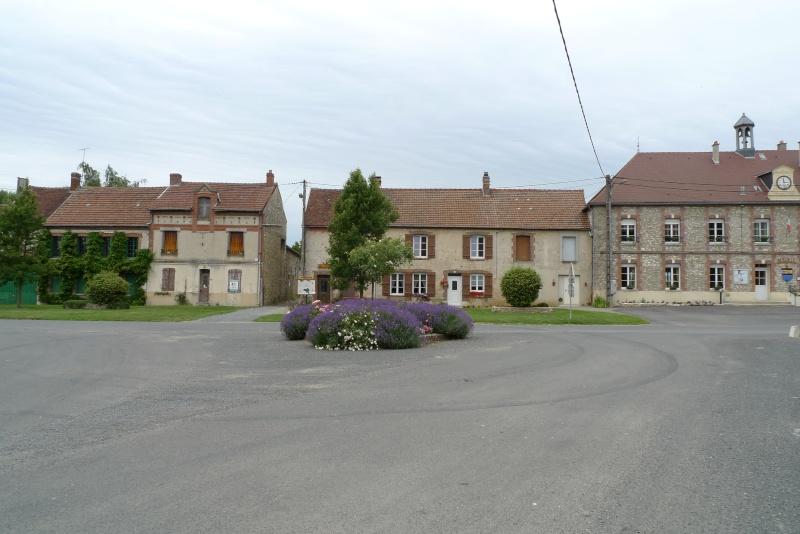 La fuite à Montmédy et l'arrestation à Varennes - Page 2 P1080720