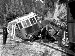 Accident du train des pignes,vidéo et photos. Accide10