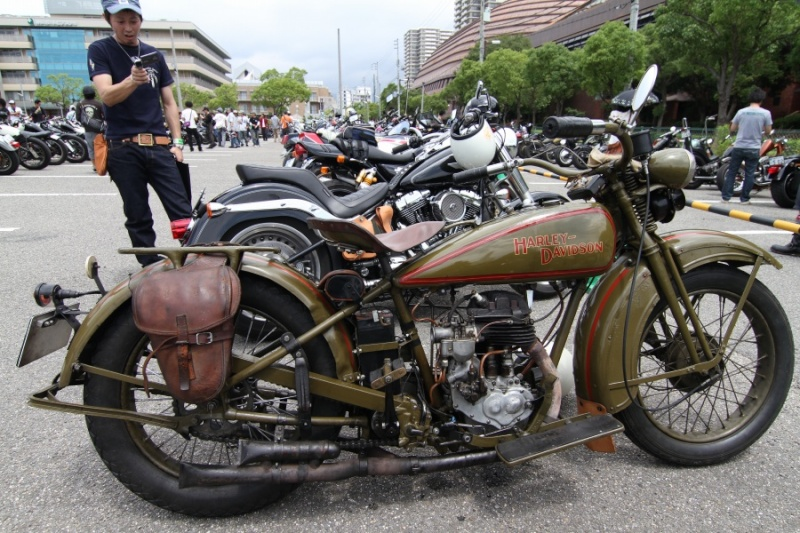 Les vieilles Harley....(ante 84) par Forum Passion-Harley - Page 2 Img_5711