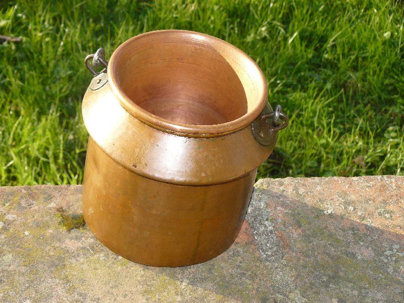 traitement du bois sur ruche occupée Pot-co10