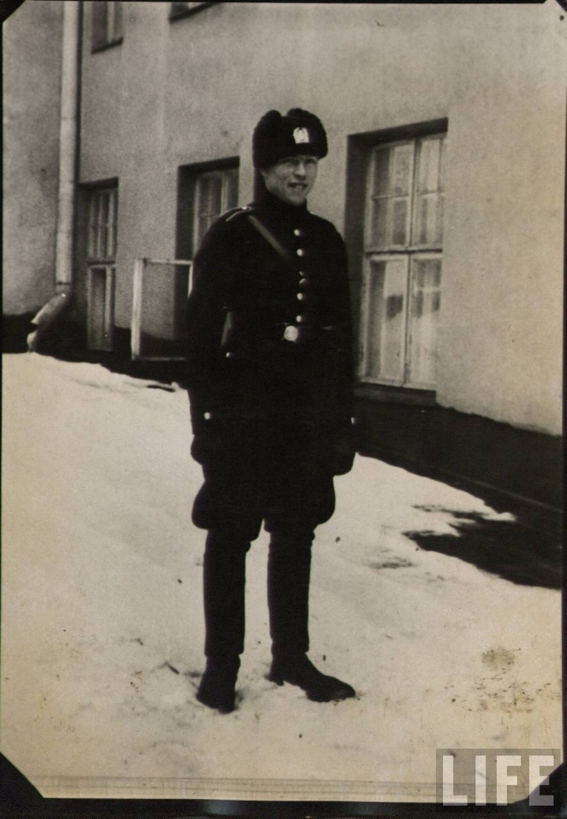 Icelandic policeman WW2 27d6bb10