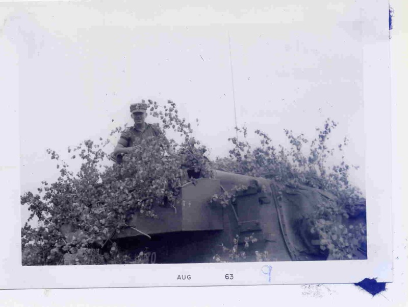 Canadian M-113 Rescuing a Royal Fusiliers' FV432  File0010