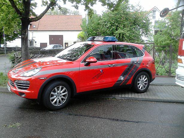 Porsche Cayenne   -Feuerwehr- Ffw110