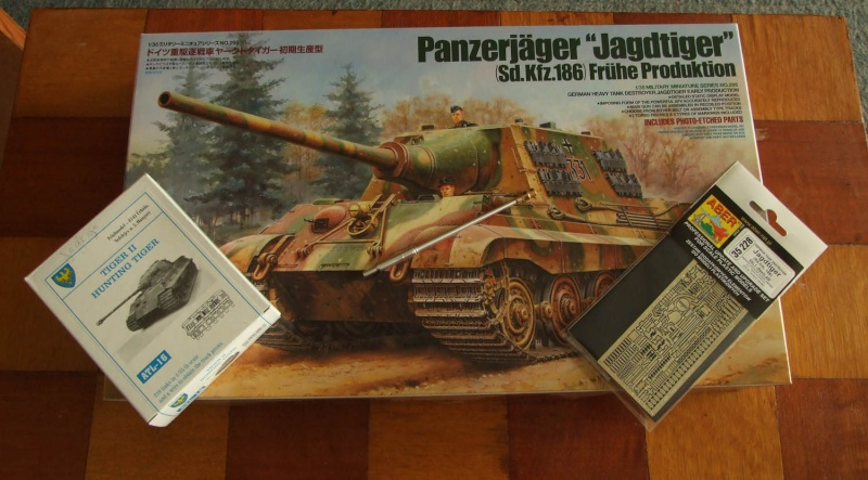 Projet Jagdtiger (x4) 1/35 Dscf5124