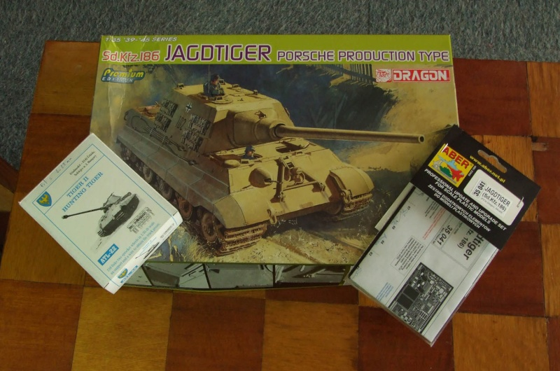 Projet Jagdtiger (x4) 1/35 Dscf5125