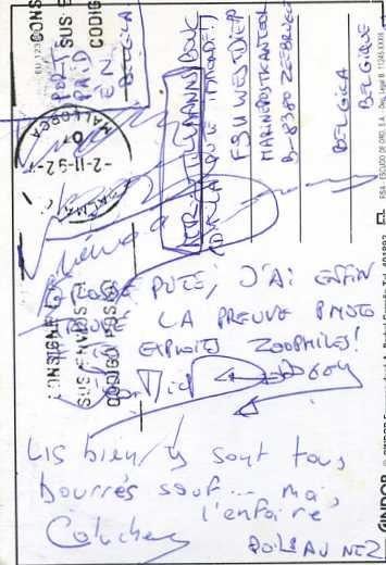 SOUVENIRS,cartes postales, badges, etc...hum hum Souven28