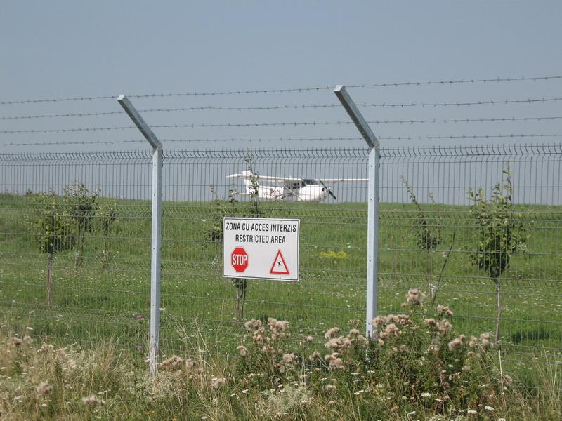 Aeroportul Suceava (Stefan cel Mare) - 2008 - Pagina 3 Img_7811