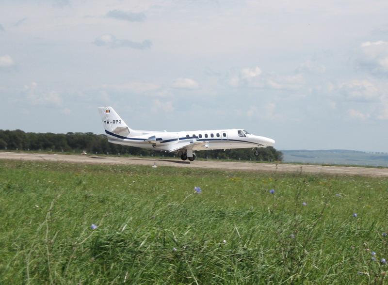 Aeroportul Suceava (Stefan cel Mare) - 2008 - Pagina 3 Img_8231