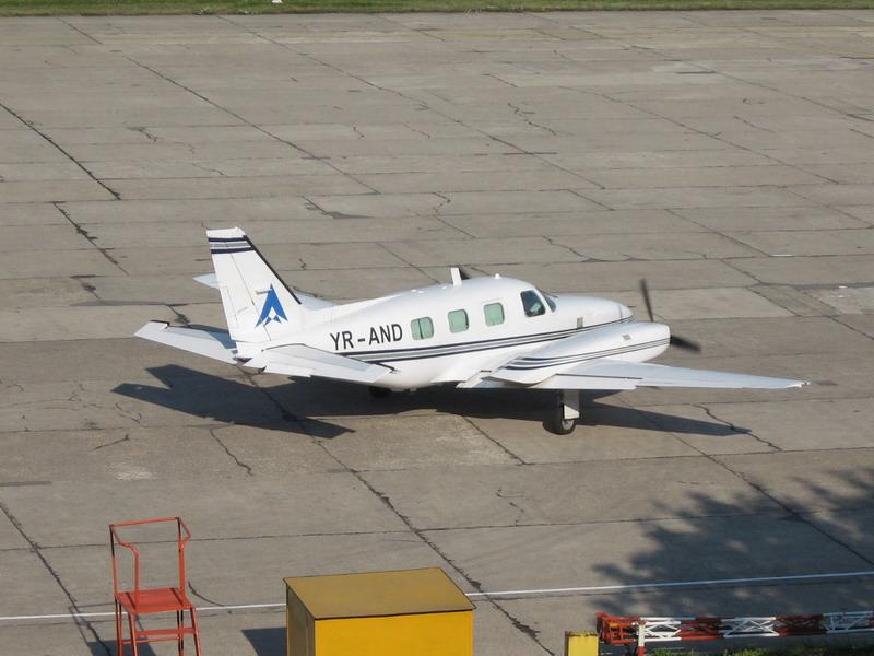 Aeroportul Suceava (Stefan cel Mare) - 2008 - Pagina 3 Img_8311