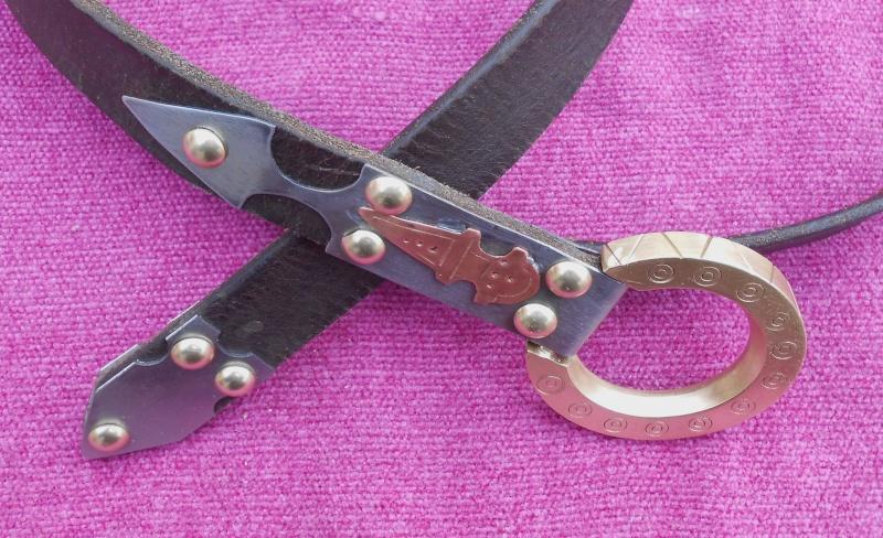 la boucle de ma ceinture  Dscn1122