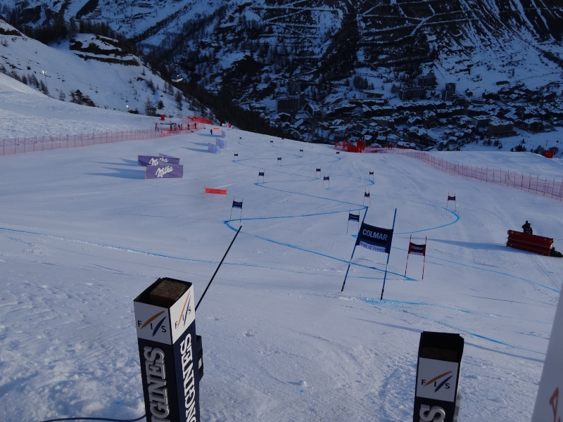 Coupe du Monde de ski alpin 2013/2014 - Page 2 Dsc00911