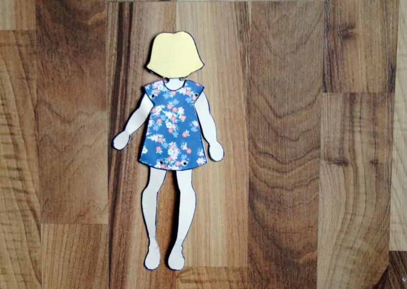 produit vedette; stencil de poupée  Dos10