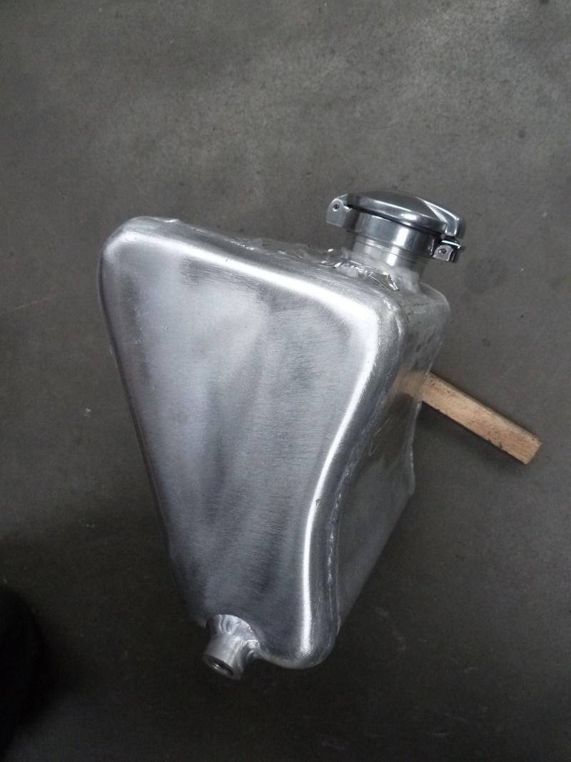 Reservoir huile Daytona  P1070814