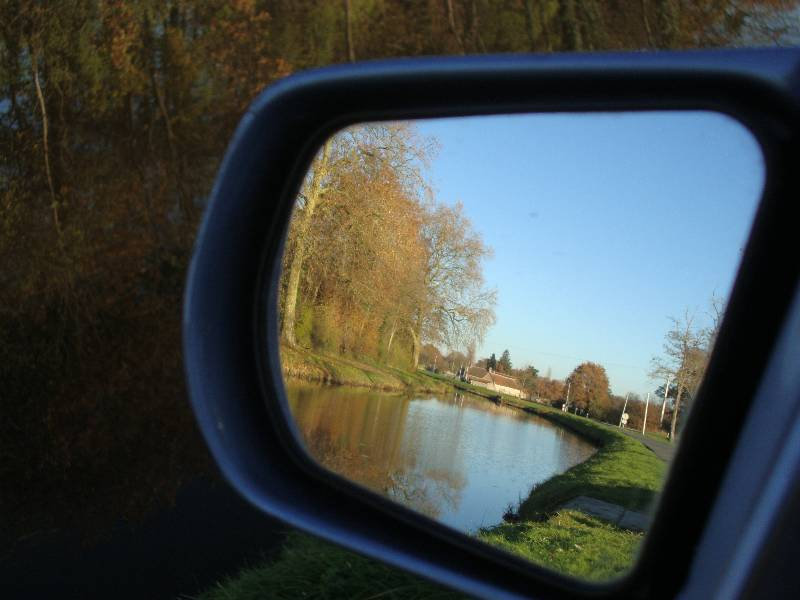 Ballade le long du Canal d'Orléans et Chateau Sully sur Loire 6_dsc010