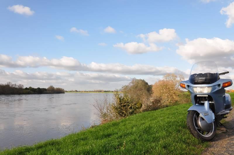 Ballade le long du Canal d'Orléans et Chateau Sully sur Loire 9_dsc_10