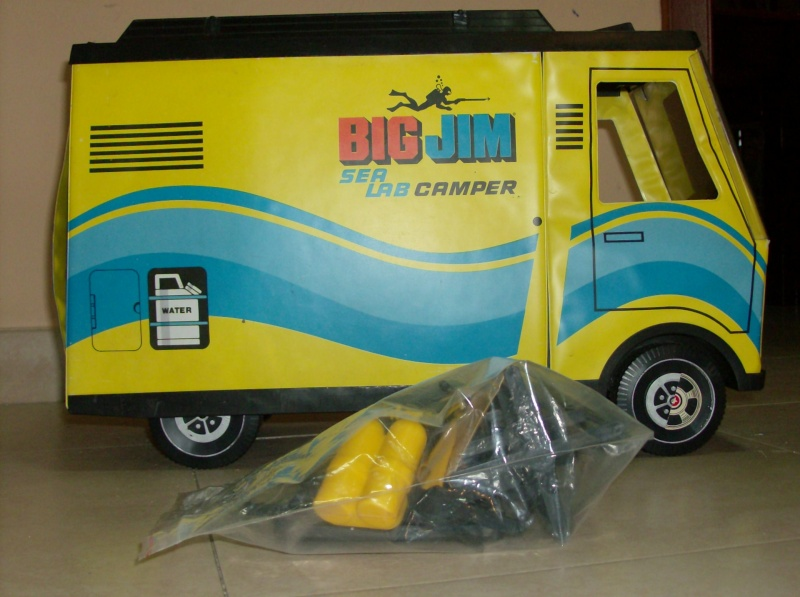 Big Jim raro 9905 Laboratorio Mobile Ricerche Sub 1977 o Sea Lab Camper  Hpim5218